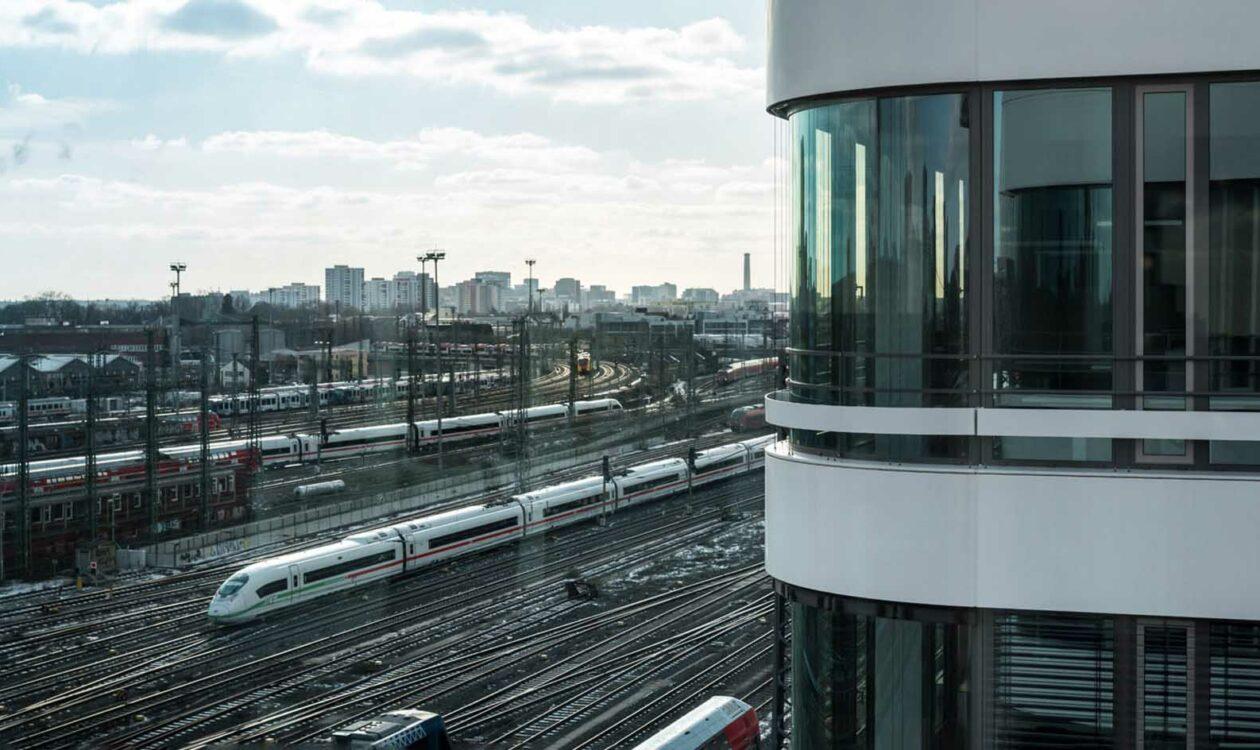Grand Central, Frankfurt a. M.