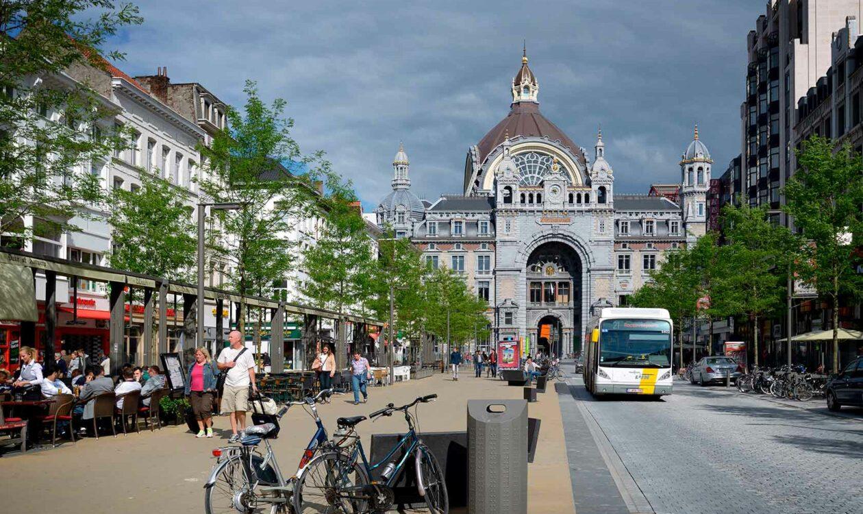 The street design in Antwerp (Keyserlei) by Sweco